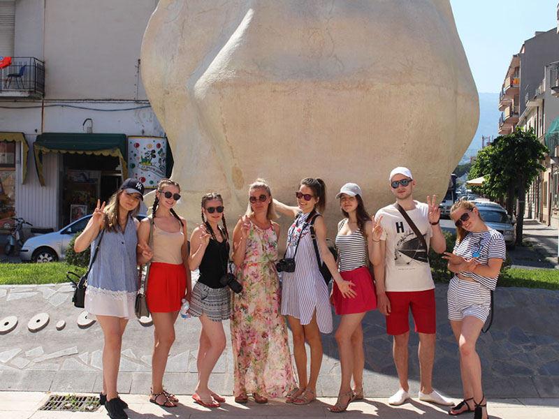 latvia students in city tour of barcellona by eprojectconsult