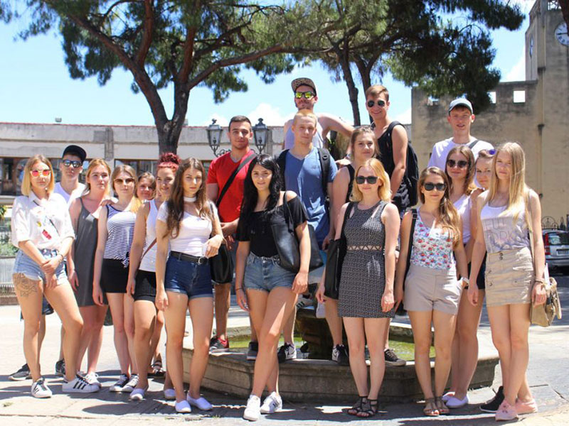 eprojectconsult students in barcellona city tour for erasmus+ program