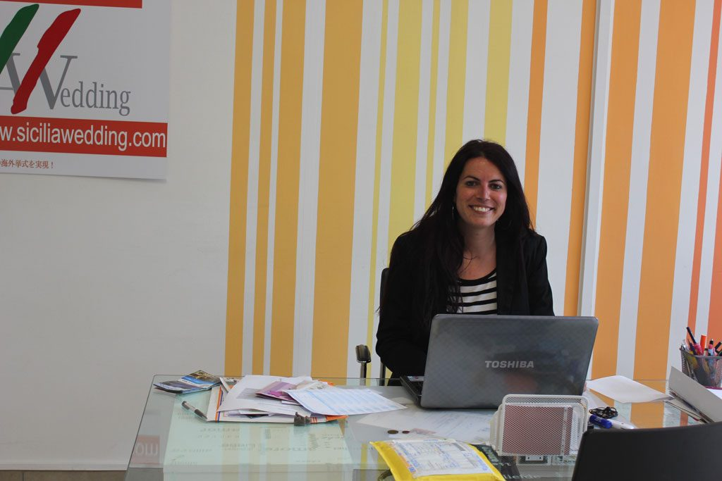 Desirée at work in eprojectconsult office